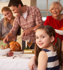 Fêtes de fin d'année chez la belle famille : mode d'emploi
