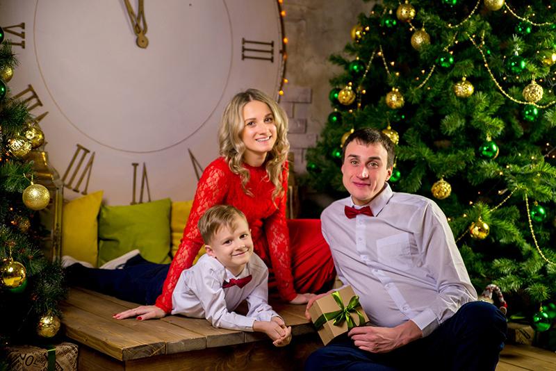 Noël et fêtes en famille : comment limiter les risques de transmission de la Covid-19 ?